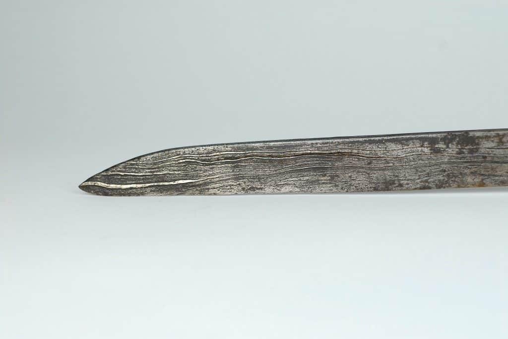 A Rare Toraja Dua Lalan sword - Celebes
